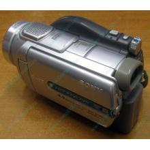 Sony DCR-DVD505E в Орехово-Зуеве, видеокамера Sony DCR-DVD505E (Орехово-Зуево)